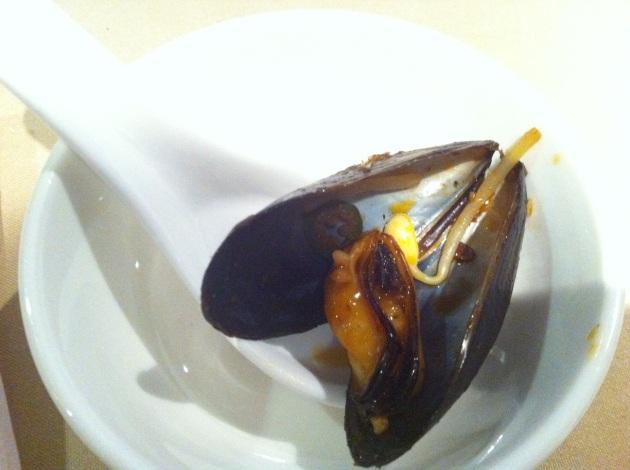 Mussels in Szechuan Bouillabaisse