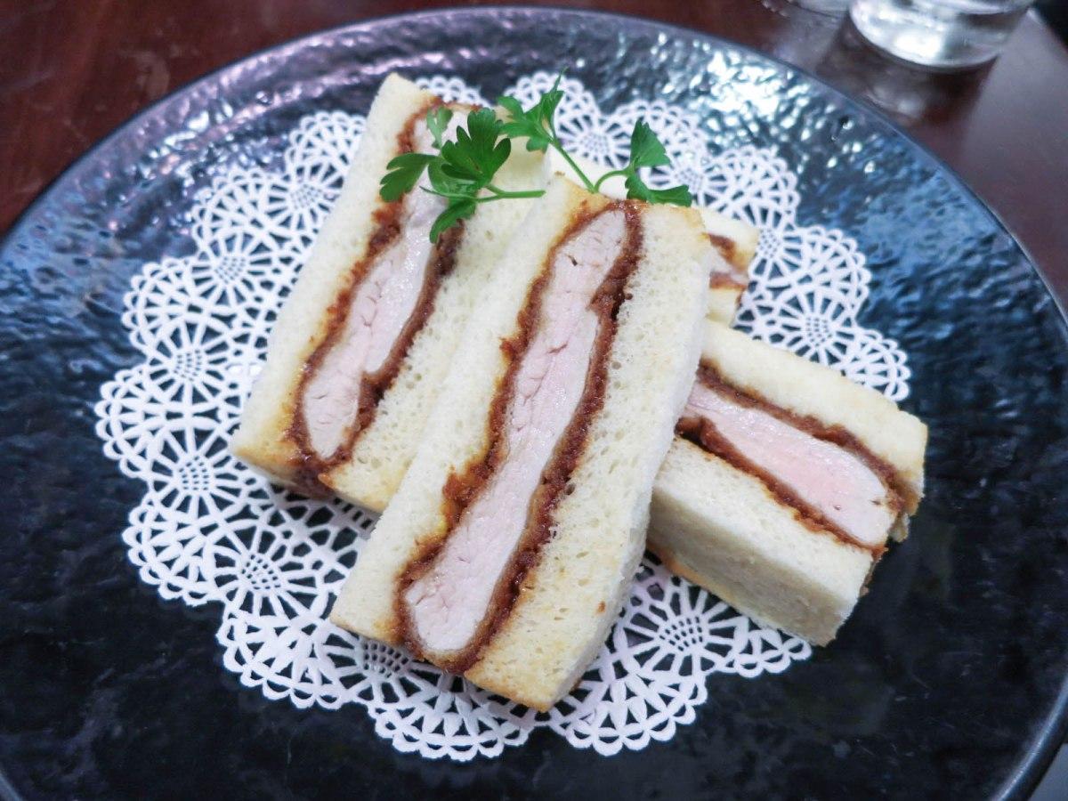 Tonkatsu ginza bairin the food queen vancouver food for Cuisine queen
